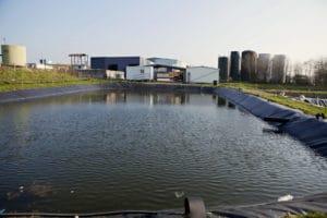 Lagune de stockage des lixiviats traités par osmose pour évaporation via le transvapo